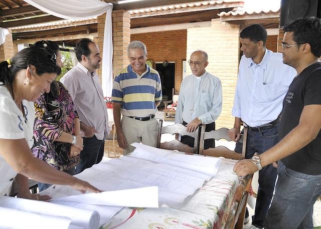 Parceria entre a Prefeitura e Diocese poderá levar para Petrolina uma unidade da Fazenda Esperança