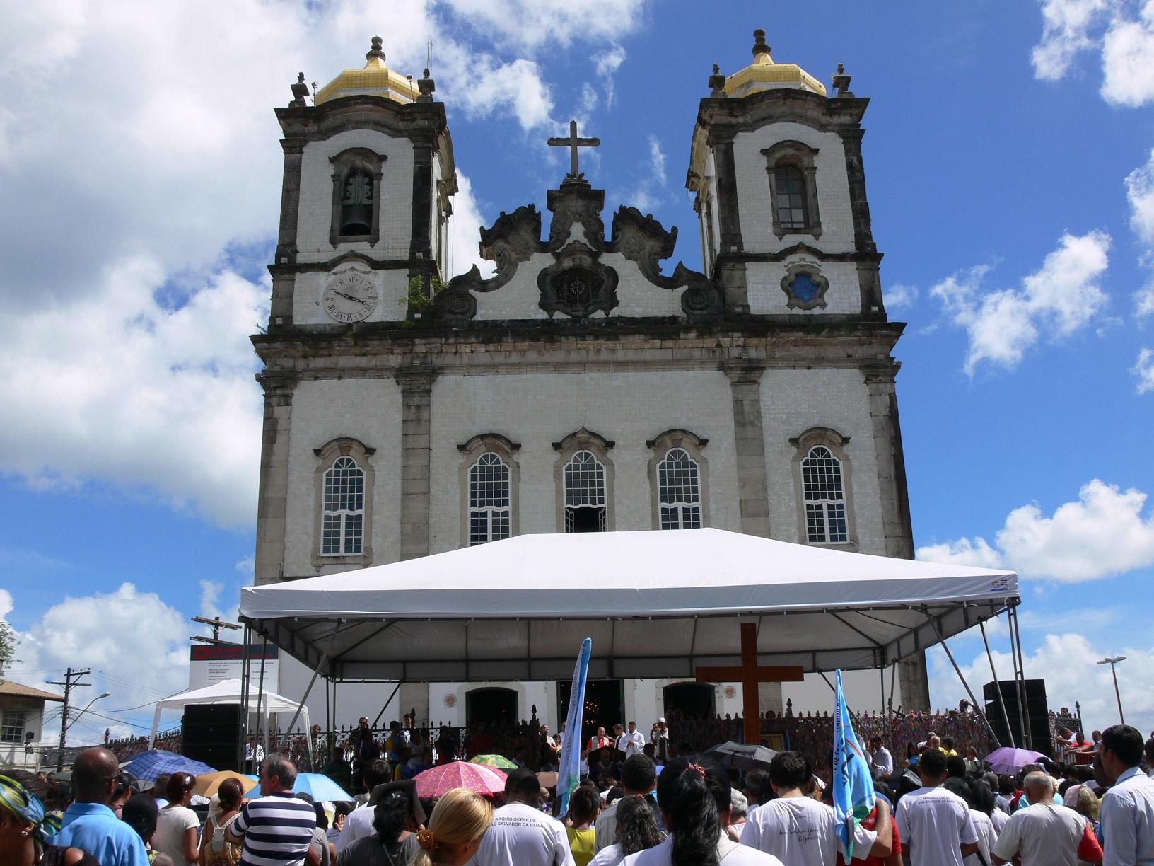Cidade de Salvador reconhece o verdadeiro Salvador