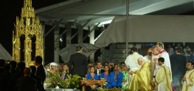 Jovens emocionam Papa em Vigília