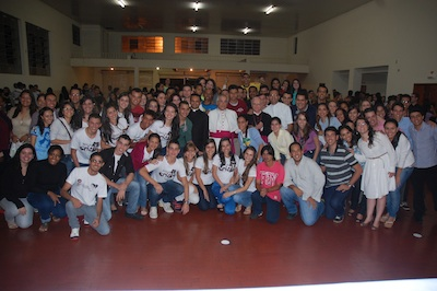 Jovens de Anápolis (GO) recebem representante do papa em preparação para a JMJ