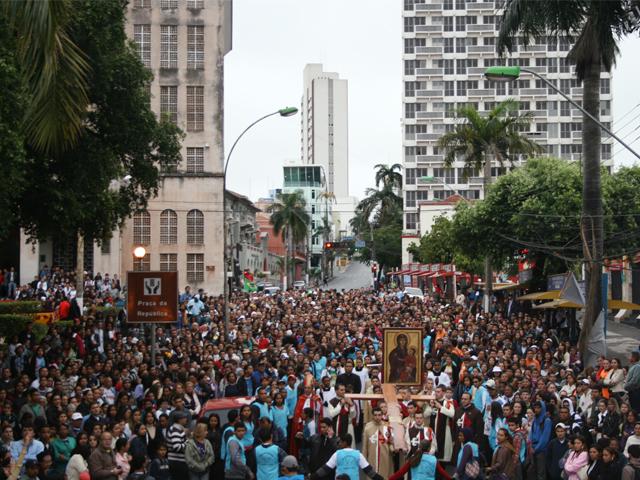Bote Fé: Símbolos da JMJ param ruas de Cuiabá
