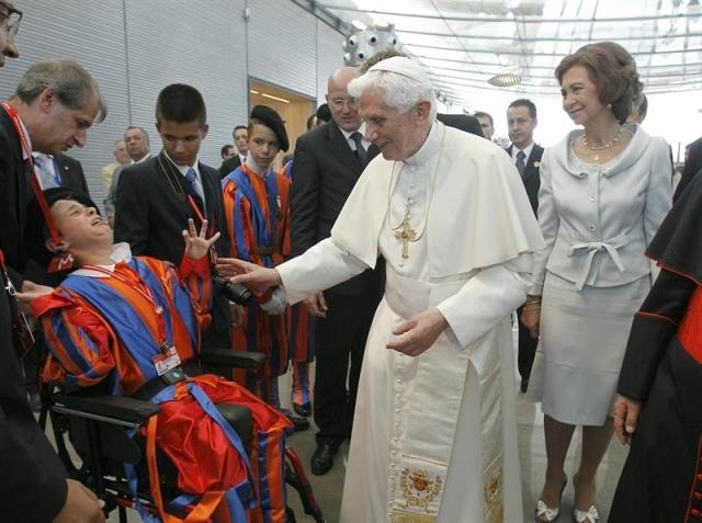 O Papa chega à JMJ Madrid: Pede aos jovens que não se envergonhem de Deus