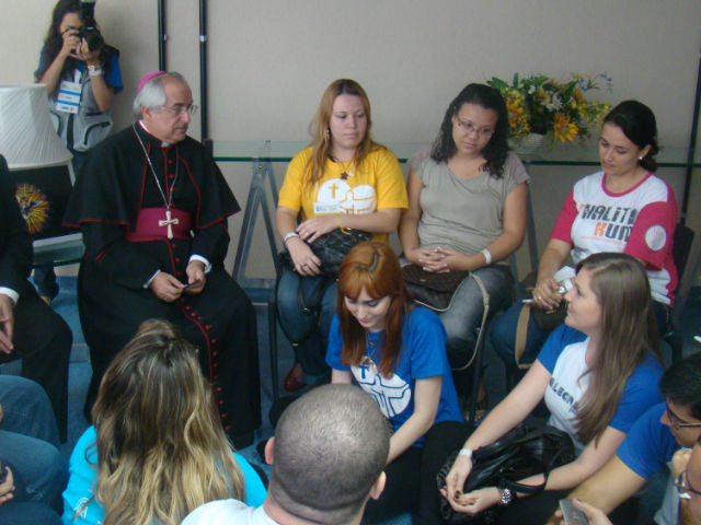 Núncio apostólico levará ao Papa expectativas dos jovens brasileiros