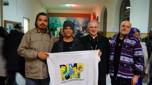 Pastoral da Juventude do Meio Popular em missão na Itália