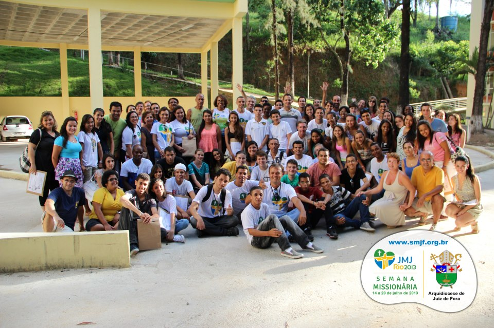 Jovens voluntários da Semana Missionária de Juiz de Fora (MG) têm formação