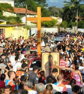 Itatiaia (RJ) acolhe Cruz Peregrina e Ícone de Nossa Senhora