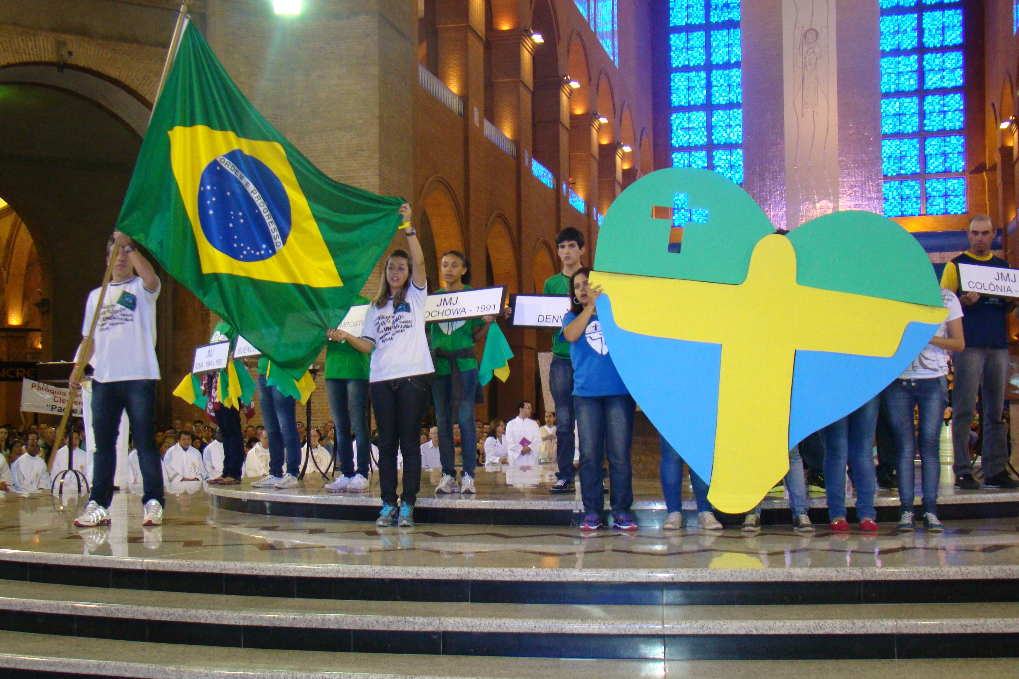 Bote Fé Aparecida: última estação dos símbolos da JMJ antes do estado do Rio de Janeiro