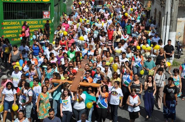 Pinheiral (RJ) envolve a juventude com sinais da JMJ