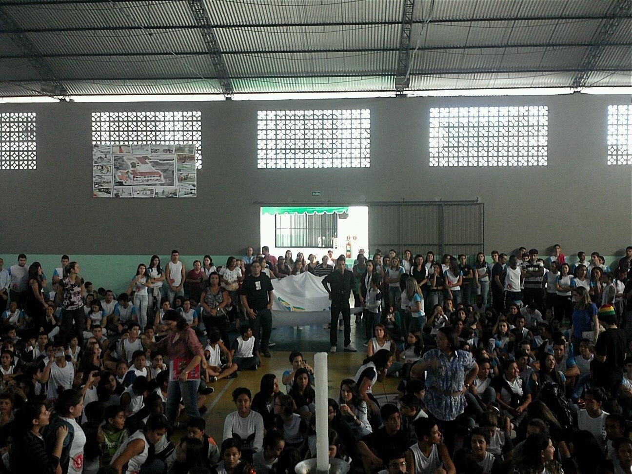 Cruz dos Jovens na Diocese de Campos: Reavivar a fé da juventude