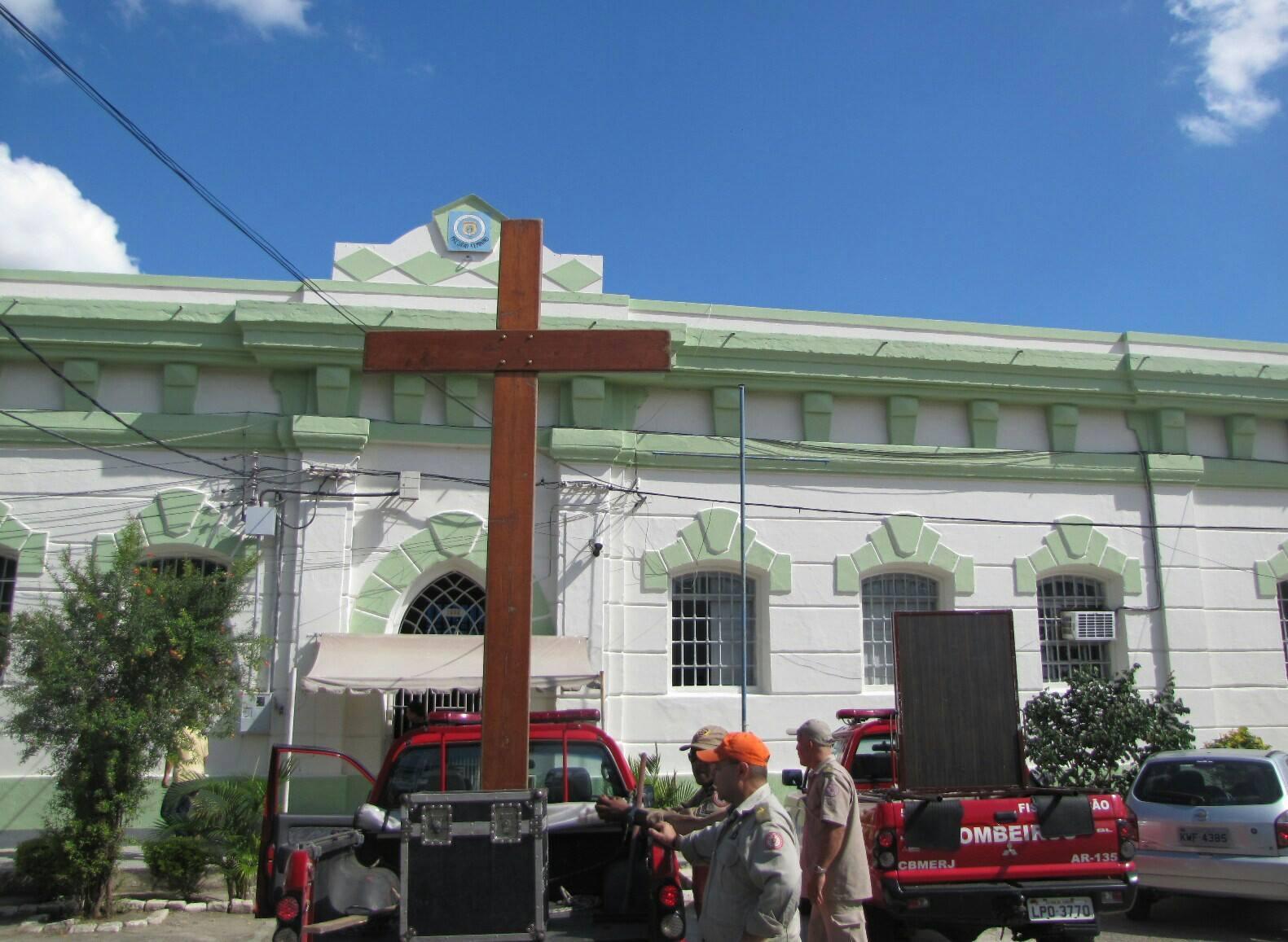 Presos de Campos dos Goytacazes (RJ) recebem visita dos símbolos da JMJ