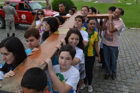 Símbolos da JMJ iniciam peregrinação pela Diocese de Itaguaí