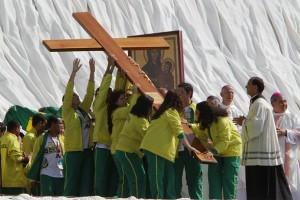 Bote Fé encerra sua caminhada na Cidade da Fé e recebe o nome de Bote Fé Brasil