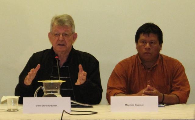 Cimi avalia que governo é omisso diante dos problemas indígenas