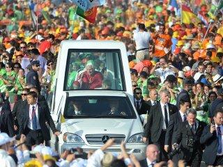 Papa Francisco fará trajeto de papamóvel pelo centro do Rio de Janeiro na segunda (22)