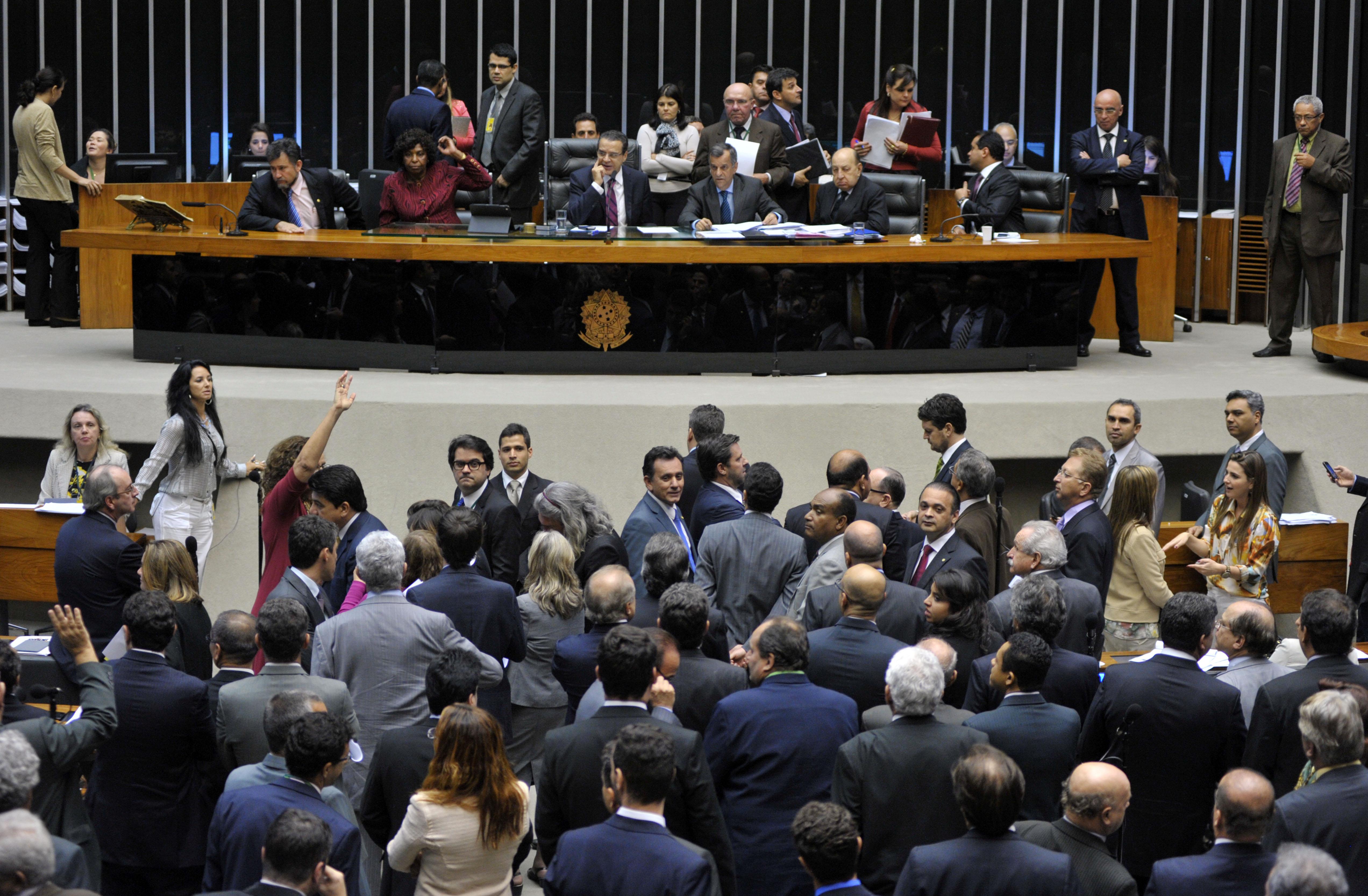 Câmara aprova Estatuto da Juventude e texto vai à sanção