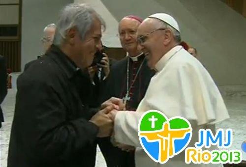 """Bispo Auxiliar de Buenos Aires e amigo do Papa: Somente a """"loucura da fé"""" explica a JMJ do Rio"""