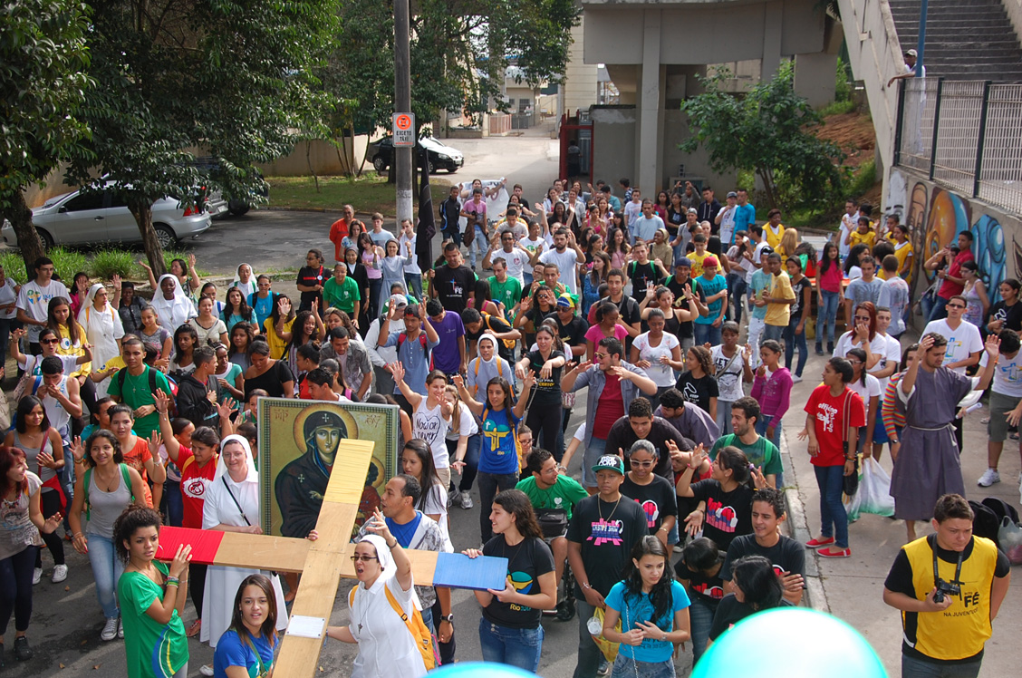 DNJ  reúne centenas de pessoas na diocese de Mogi das Cruzes