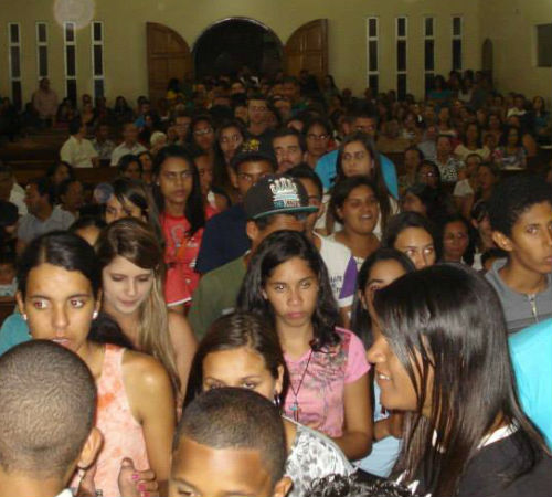 DNJ Vitória da Conquista: jovens pregam a Palavra de Deus em zona rural