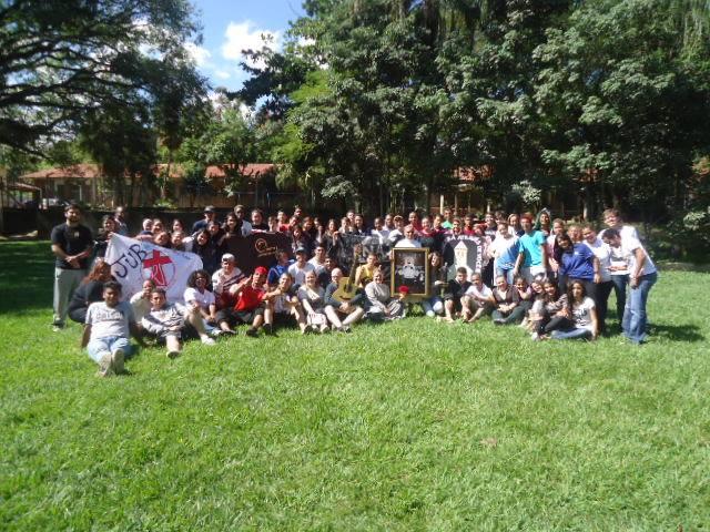 Jovens orianitas se reúnem para encontro em SP
