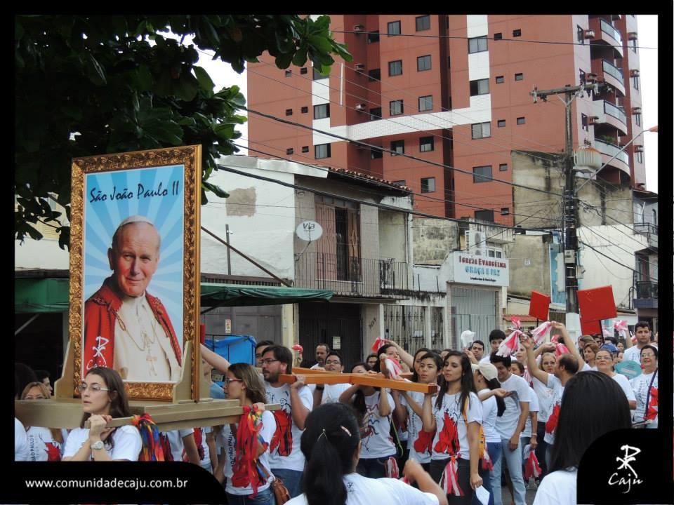 Caju celebra a canonização dos Papas João XXIII e João Paulo II