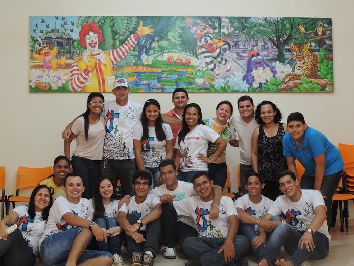 Jovens do Pará visitam instituto que cuida de crianças com câncer