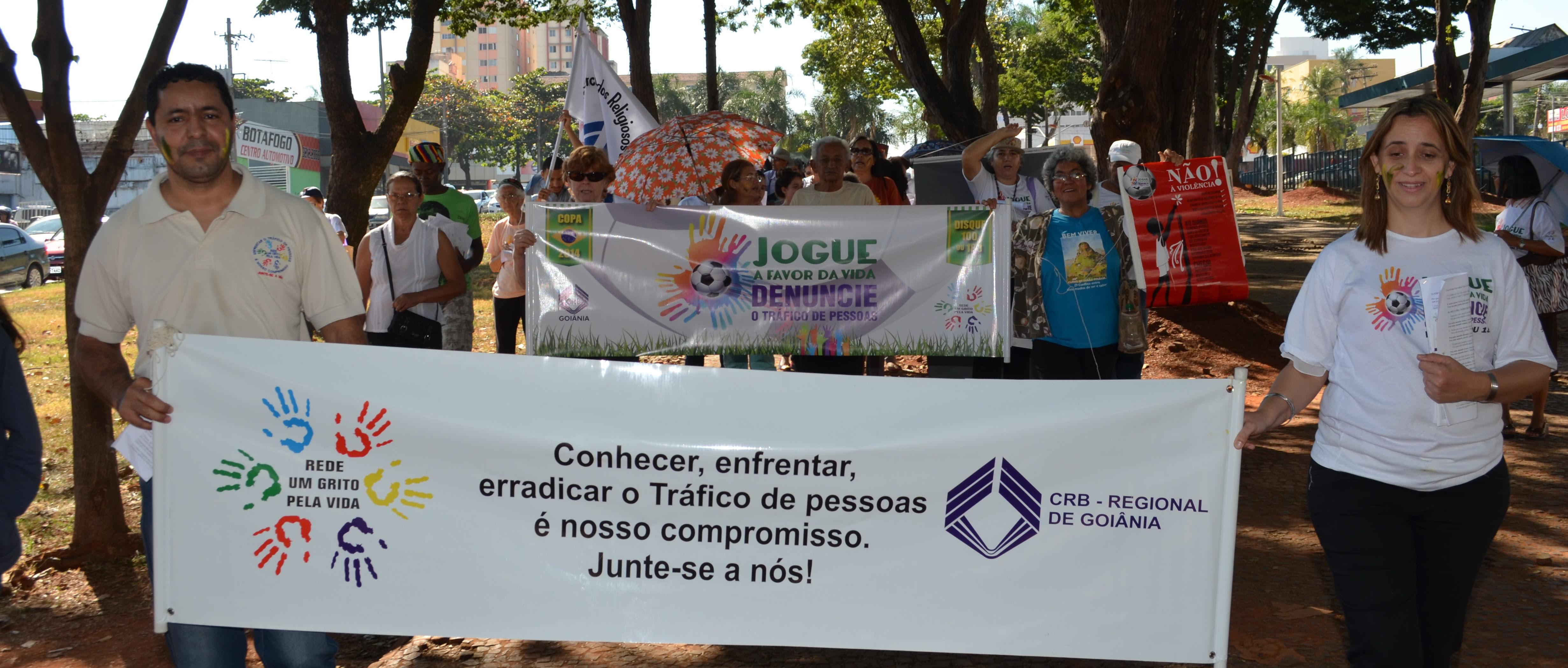 Um Grito Pela Vida promove ação em Goiânia para denunciar o Tráfico de Pessoas