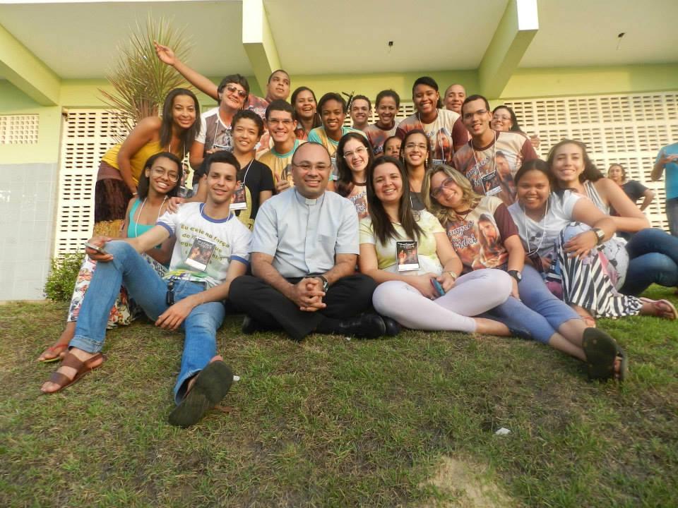"""Jovens promovem Retiro Jovem """"Kénose"""", em Aracaju"""
