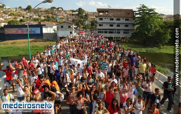 DNJ de Teixeira de Freitas atrai centenas de jovens