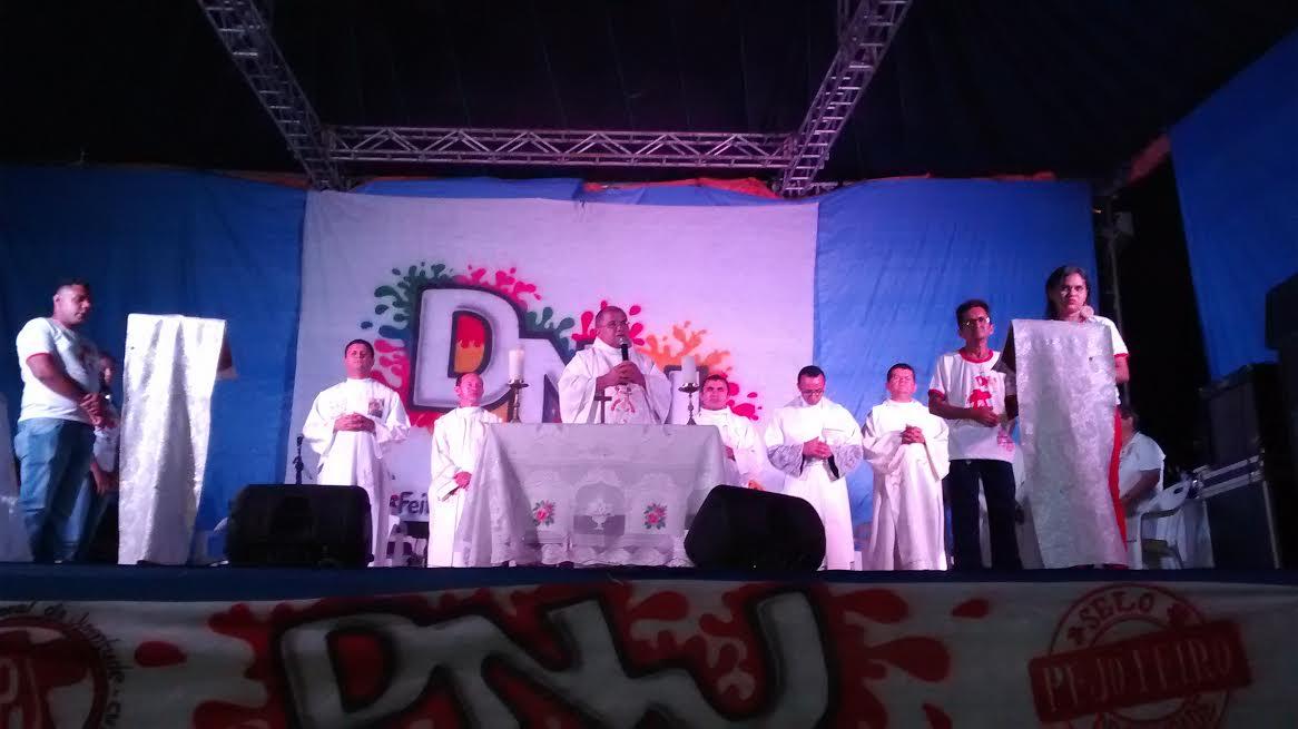 DNJ de Imperatriz reúne duas mil pessoas