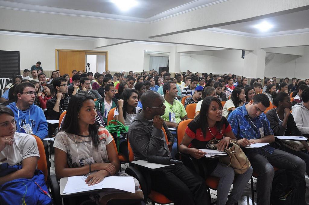 Assembleia Diocesana do Setor Juventude de Petrópolis (RJ) reúne mais de 300 jovens