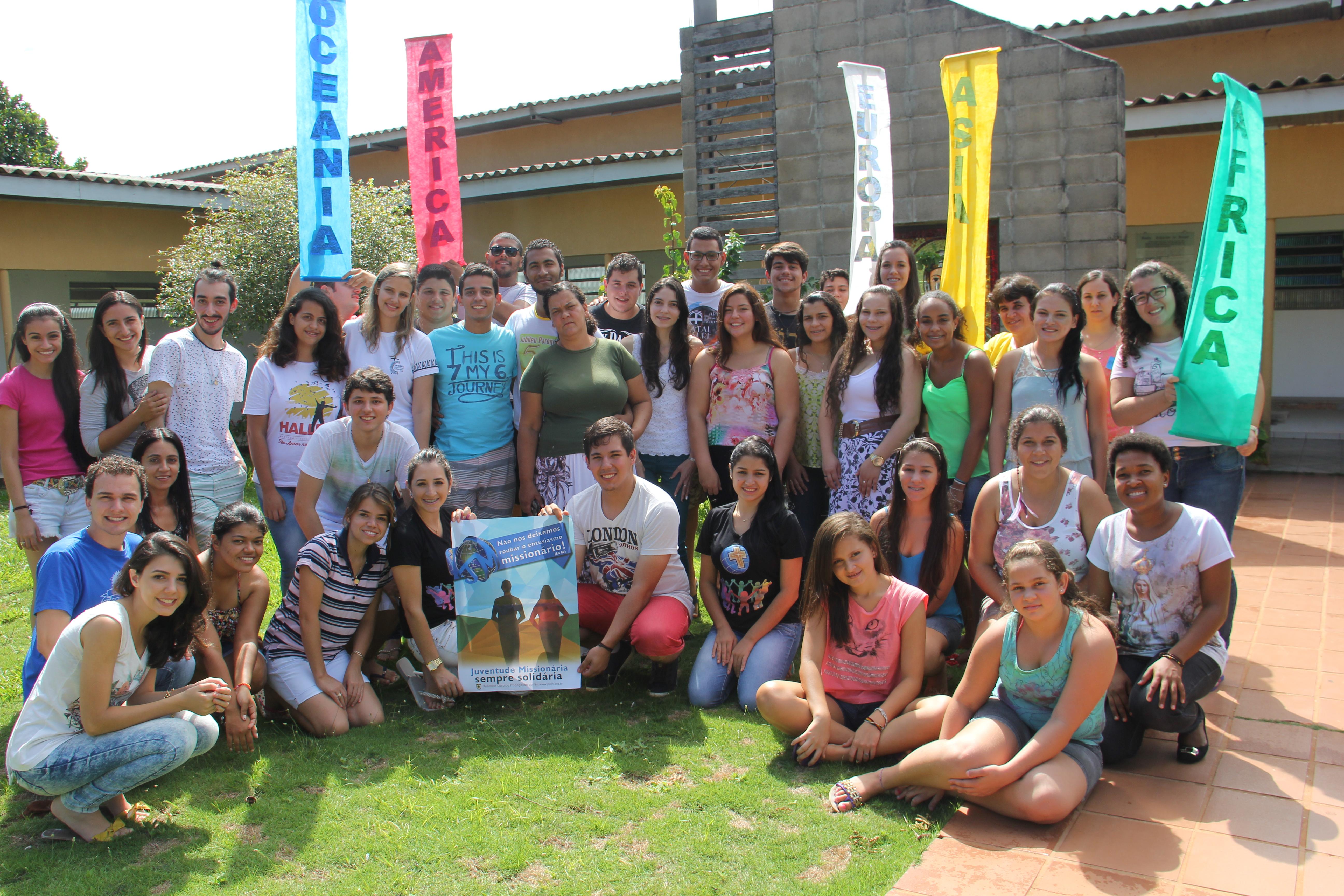 Juventude Missionária da Diocese de Umuarama (PR) realiza encontro de formação