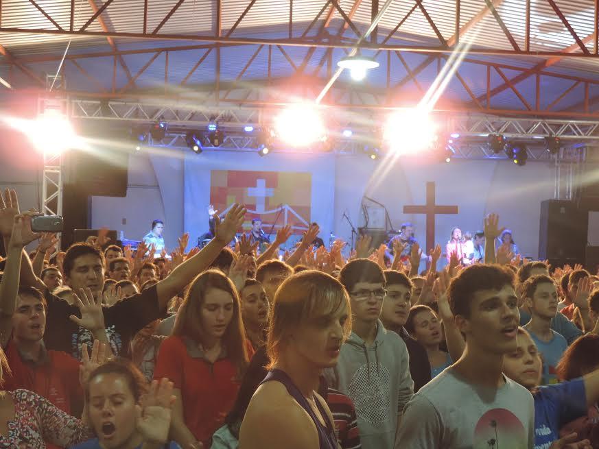 JDJ de Floripa reúne milhares de jovens