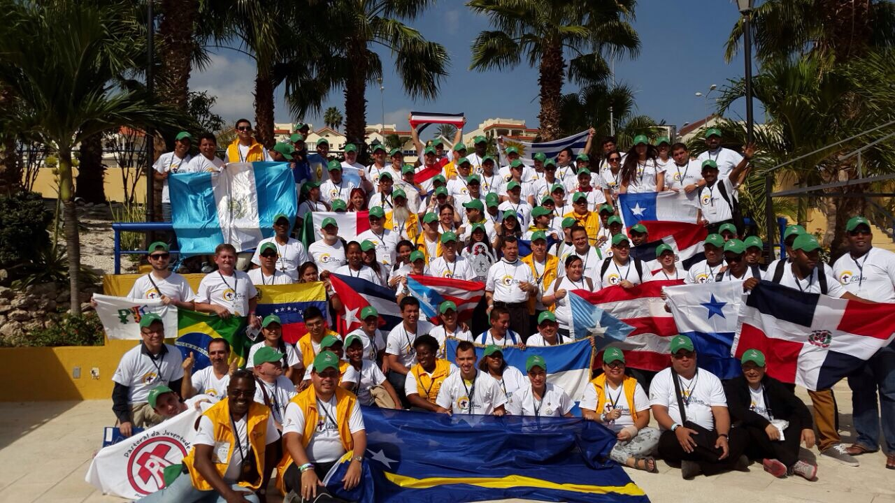 Jovens latino-americanos enviam mensagens a jovens brasileiros