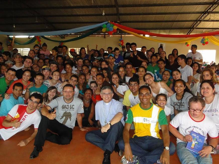 Setor Juventude de Campo Grande homenageia Dom Eduardo