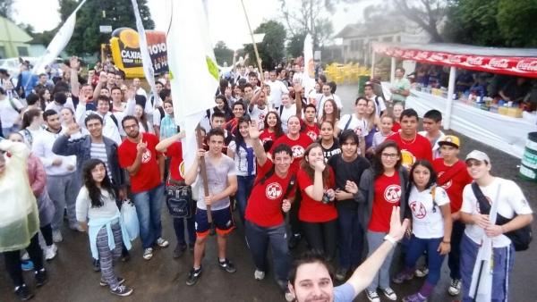 2ª Romaria da Juventude ao Santuário de Caravaggio mobiliza jovens da diocese