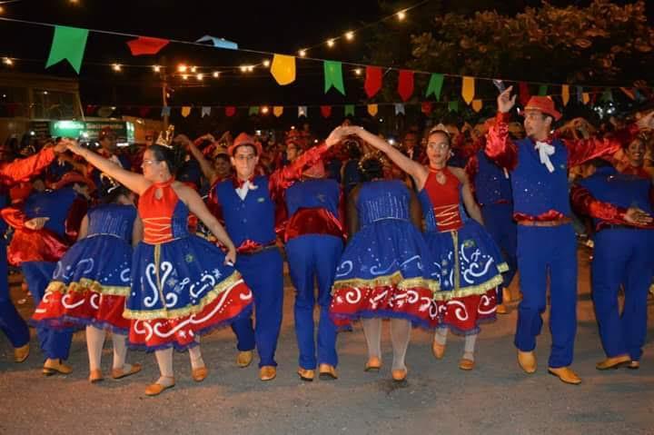 Xote, xaxado e baião: cultura regional como método de evangelização no mês das festas juninas