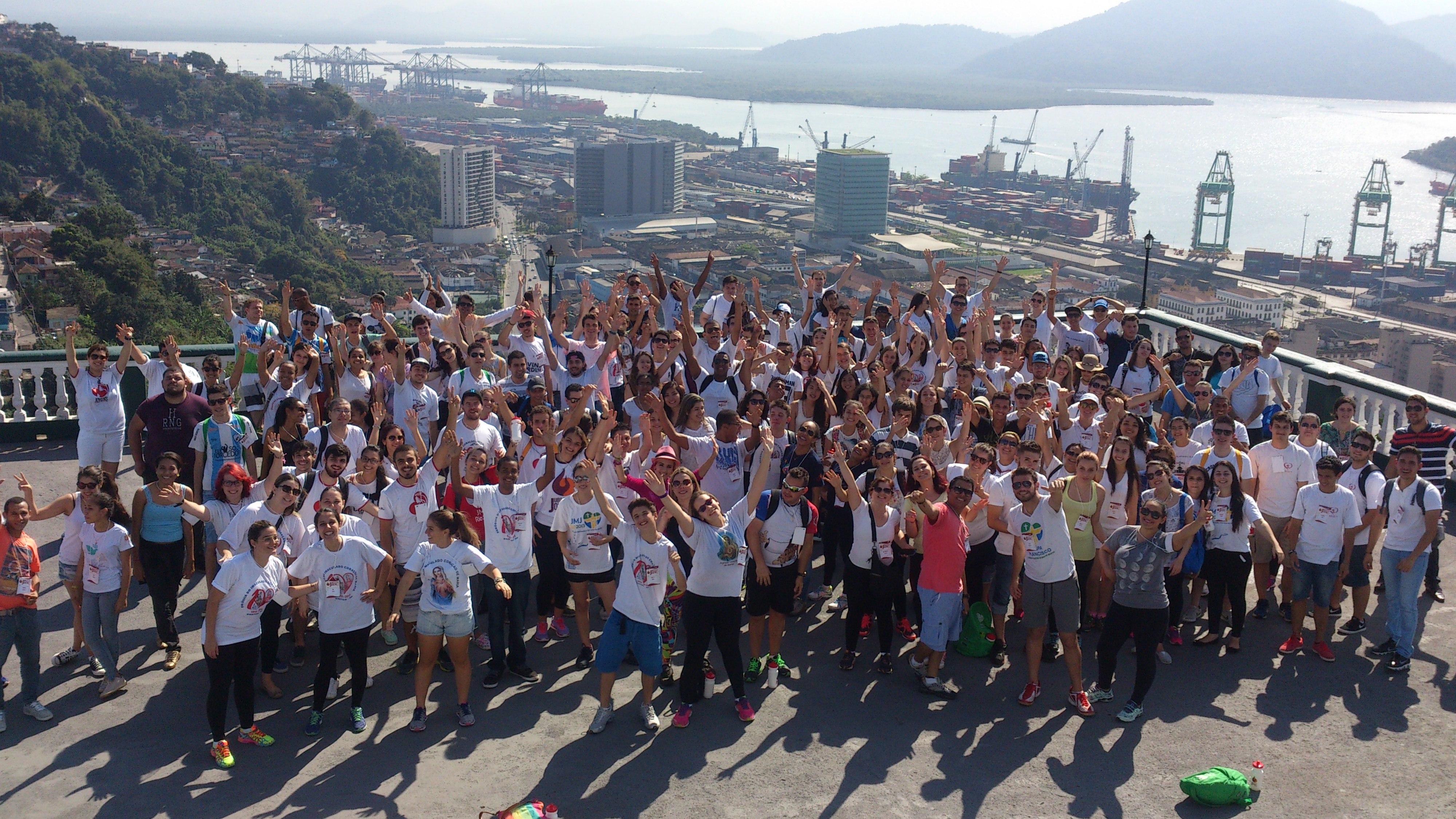 1ª Peregrinação da Juventude Claretiana reúne mais de 200 jovens em Santos (SP)