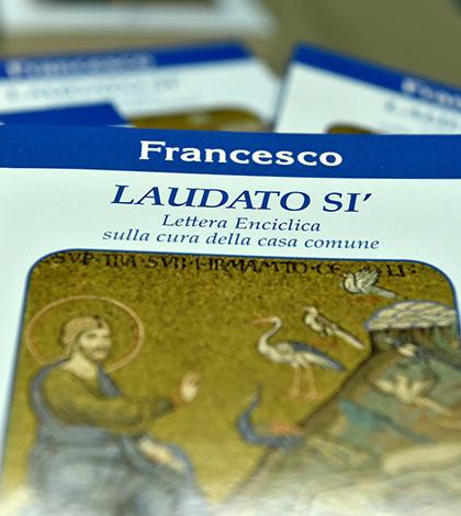 """Um convite do Papa Francisco para sermos protetores da vida: Encíclica """"Laudato Si"""""""