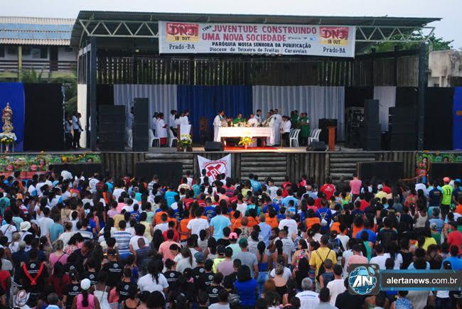 Quatro mil jovens participam de DNJ da Diocese de Teixeira de Freitas/Caravelas