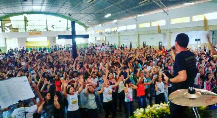 Jovens de Pesqueira, em Pernambuco, celebram DNJ com mais de 3 mil pessoas