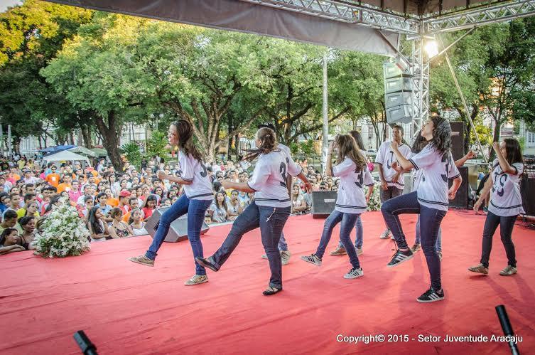 DNJ é celebrado em Aracaju por milhares de jovens