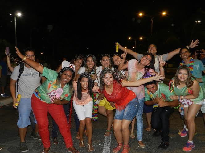 Pré-carnaval católico reúne jovens em Fortaleza