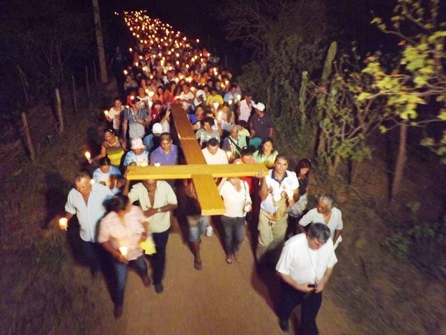 Diocese de Paulo Afonso realiza Caminhada Penitencial da Juventude