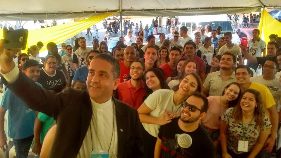 Jovens de todo o país participam da Romaria Nacional em Aparecida