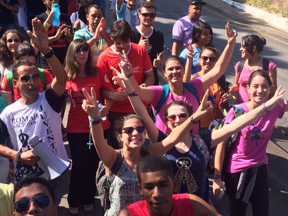 Romaria da Juventude: jovens testemunham a unidade e ação de Deus em suas vidas