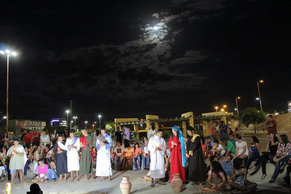 Em luau, Setor Juventude de Juazeiro realiza Páscoa Jovem