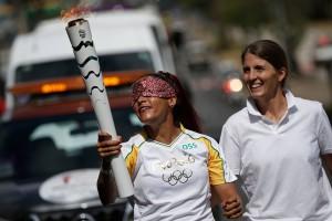 Revezamento da tocha olímpica em Minas Gerais, no dia 12 de maio (Foto: Rio2016 / Fernando Soutello).
