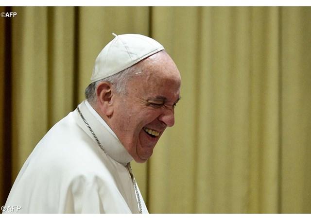 Papa no Youtube: Rádio Vaticano fará transmissões ao vivo em português