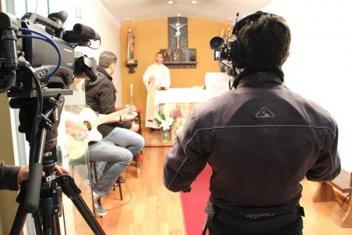 TV Evangelizar transmitiu um momento de louvor e adoração a Jesus.