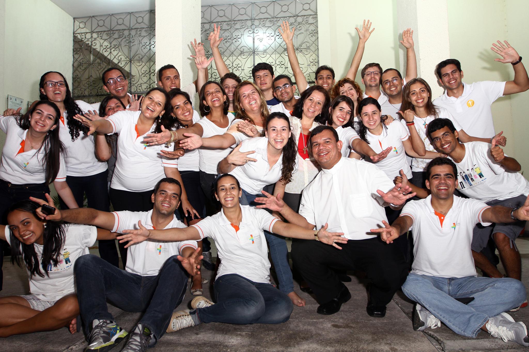 Jovens Conectados: Espaço de diálogo e unidade na diversidade